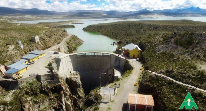 Niveles de agua en represas de zona regulada del Chili se encuentran al 57% de su capacidad