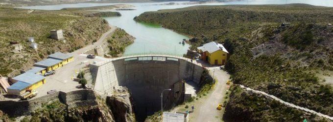Niveles de agua en represas de zona regulada del Chili se encuentran al 53% de su capacidad